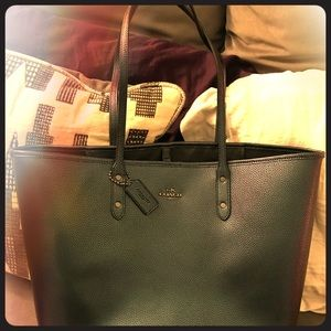 Coach Hologram City Tote Hard To Find
